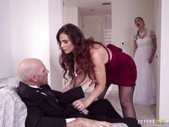 A menyasszony anyja akcióba lép