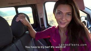 A három stoppos lány és a sofőr